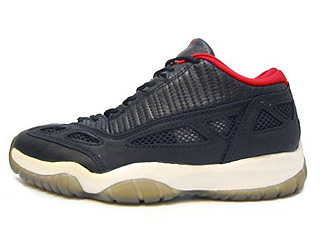 AIR JORDAN 11 LOW (OG) black/varsity red