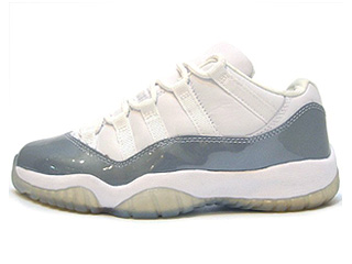 WMNS AIR JORDAN 11 RETRO LOW white/metallic silver
