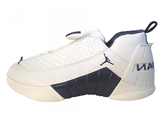 AIR JORDAN 15 LOW white/midnight navy