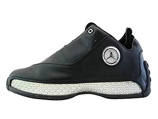 AIR JORDAN 18 LOW black/chrome-metallic silver