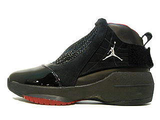 AIR JORDAN 19 black/chrome-varsity red