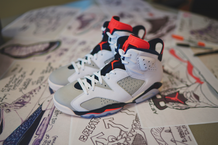 "NIKE AIR JORDAN 6 RETRO ""TINKER"" WHITE/INFRARED 23-NEUTRAL GREY-OBSIDIAN"
