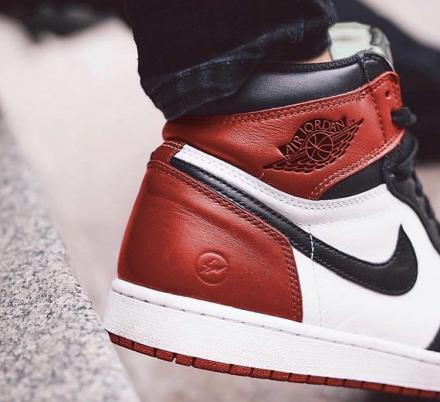 FRAGMENT DESIGN × NIKE AIR JORDAN 1 BLACK/VARSITY RED-WHITE